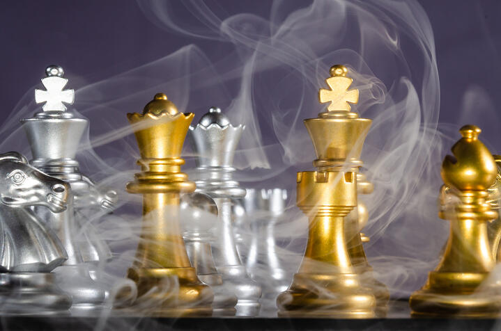 Why Email Marketers Should Stop Fighting Fires and Think Like Chess Players
