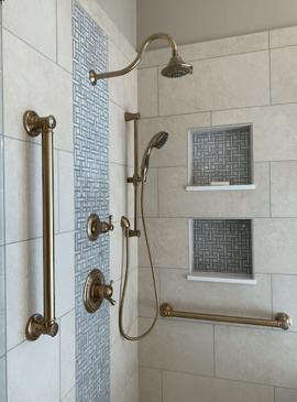 Bathroom Contractor in Baton Rouge: Benefits of a Walk-In Shower