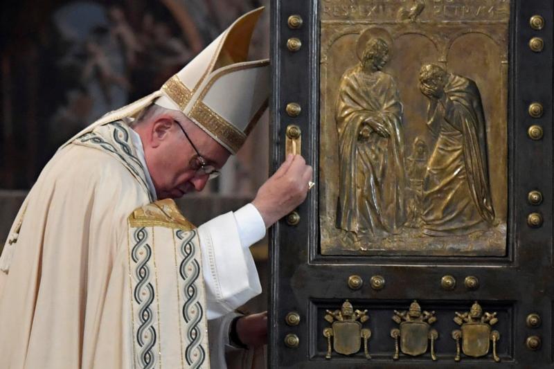 CNS photo Pope Francis/Tiziana Fabi, pool via Reuters