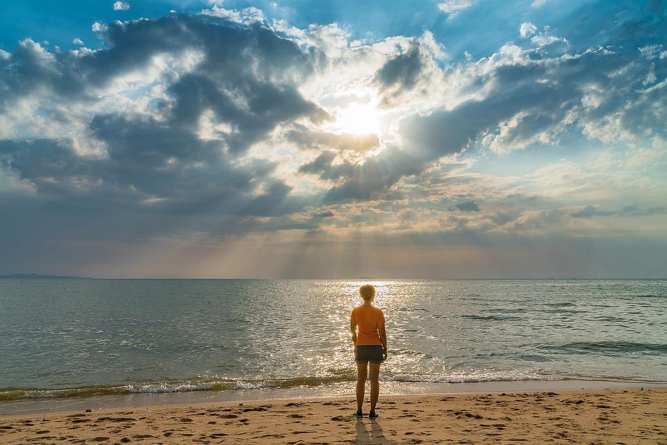 Midlife Meditation | Image: Pixabay