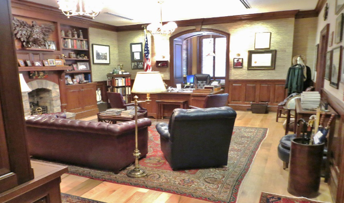 A Judge's Personality Comes out in the Chambers through Artifacts and  Collections