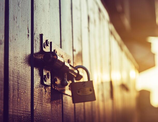 Lock_door