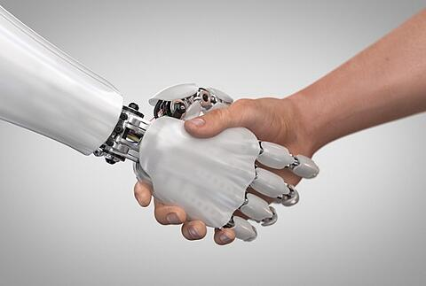 Mensch oder Maschine? HR muss Klartext liefern!