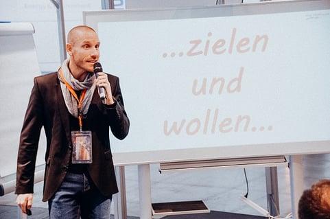 Agile Projektarbeit einführen - ein Erfahrungsbericht