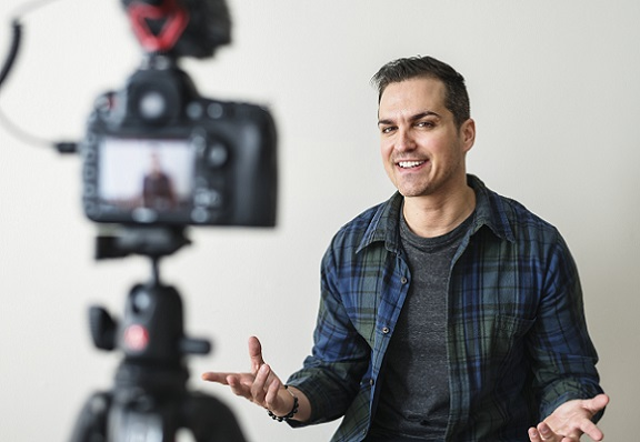 Video-Interview-als-Recruiting-Technik-GettyImages-918008428
