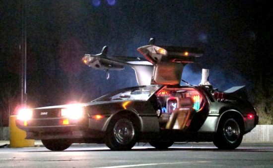Delorean-Time-Machine