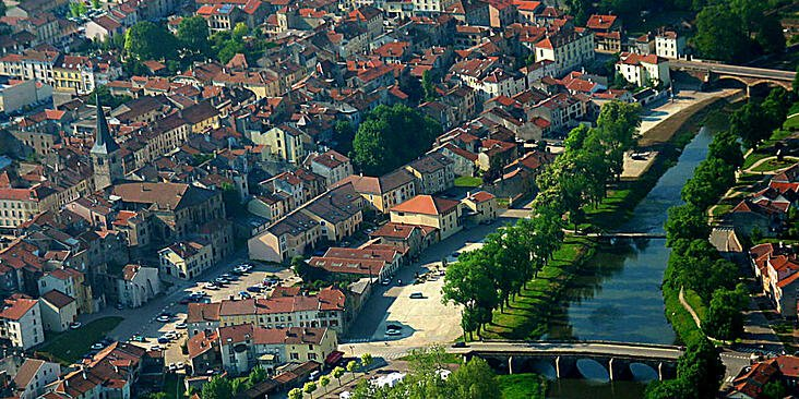 Mirecourt-aerial-view