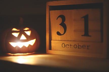 calendar-carved-carving-1480861