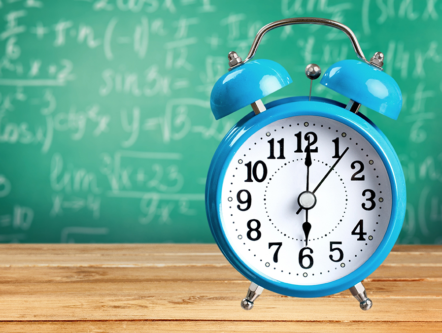 Social Selling Routine Clock