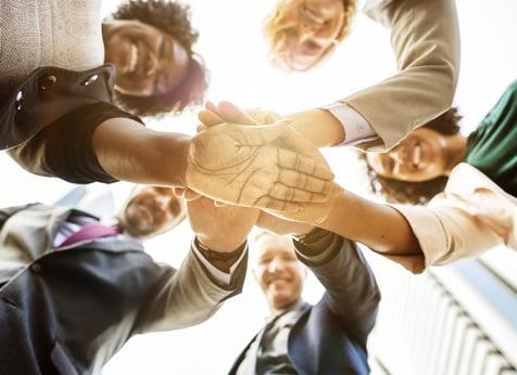 チームビルディングとは?効果的な手法とそのポイント