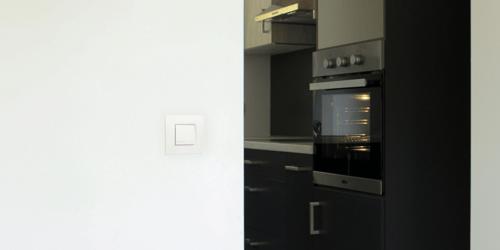 Visu des éclairages enclenchés avec un témoin lumineux sur votre interrupteur (VRV)