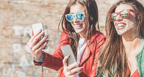 4 ways online sellers can crack the millennial market this holiday season