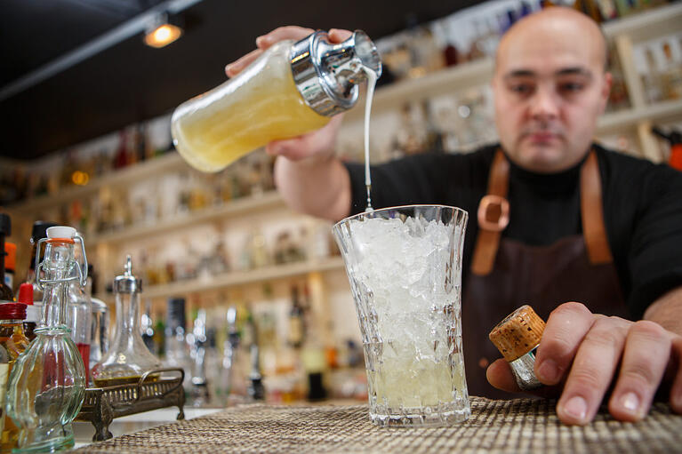 2-Minute Tuesdays: Valuable Skills to Have as a Bartender