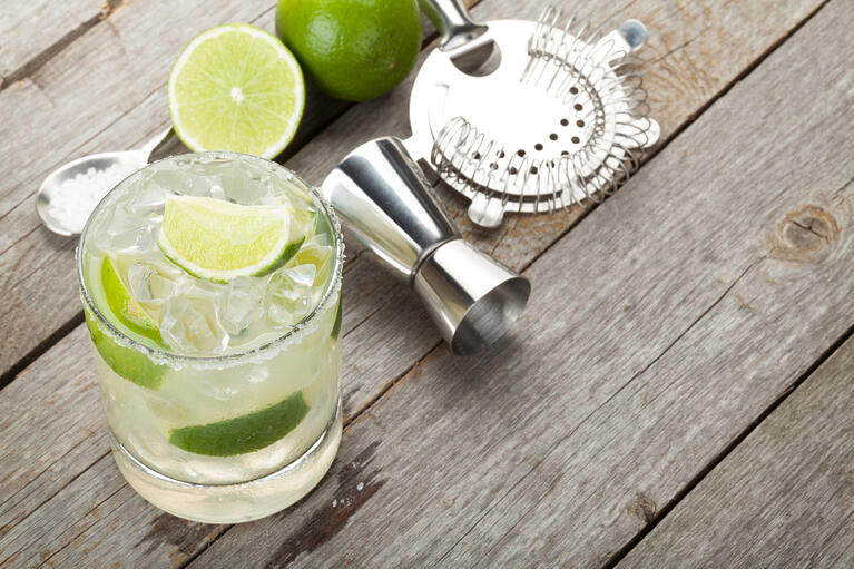 bigstock-Classic-margarita-cocktail-wit-70260976-1350x900 (1)