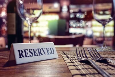 Party On: 5 Bar And Restaurant Event Planning Tips