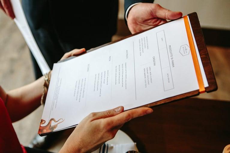menu-4-bar-mezzana-brian-samuels-1351x900