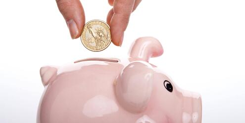 piggy bank in pay equity in tech industry blog