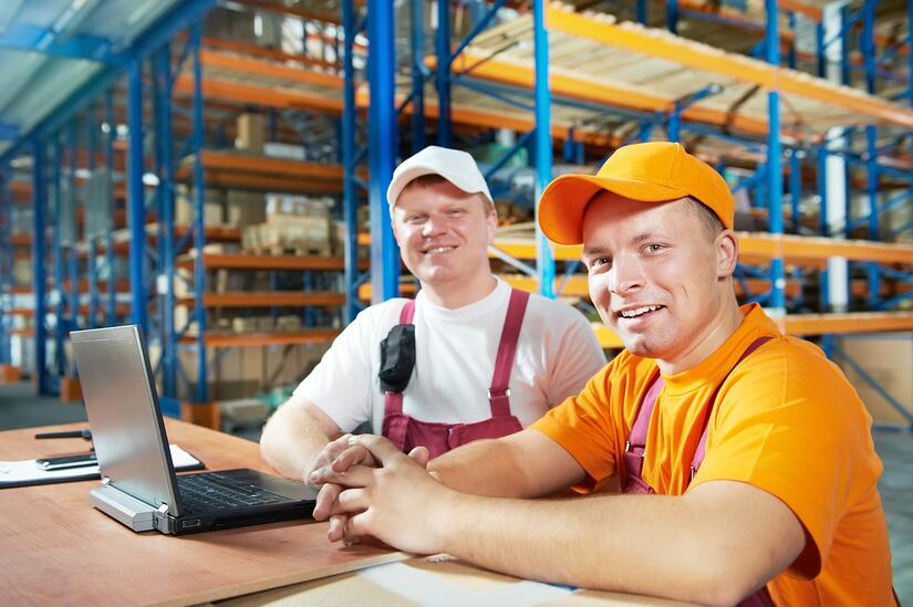 photodune-1304582-manual-workers-in-warehouse-m-1