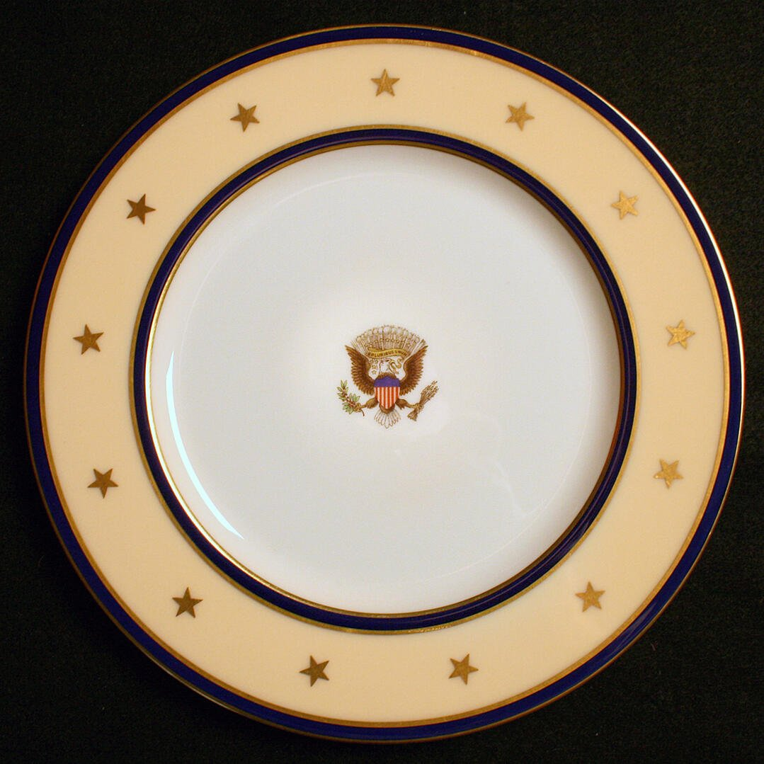 FDR FRANKLIN D ROOSEVELT WHITE HOUSE CHINA PLATE YACHT USS WILLIAMSBURG