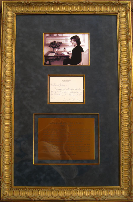 COMPLETE PRESENTATION OF J.F.K. ASSASSINATION RELATED PERSONAL NOTE FROM FIRST LADY- JACQUELINE KENNEDY TO WHITE HOUSE MATRE DE' CHARLES FICKLIN 1963