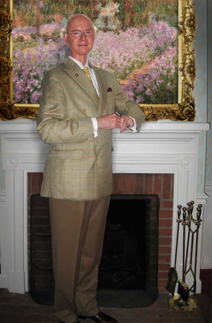 rda_greenbrier_mantle_taken_2008_raleigh-degeer-amyx-with-monet-painting