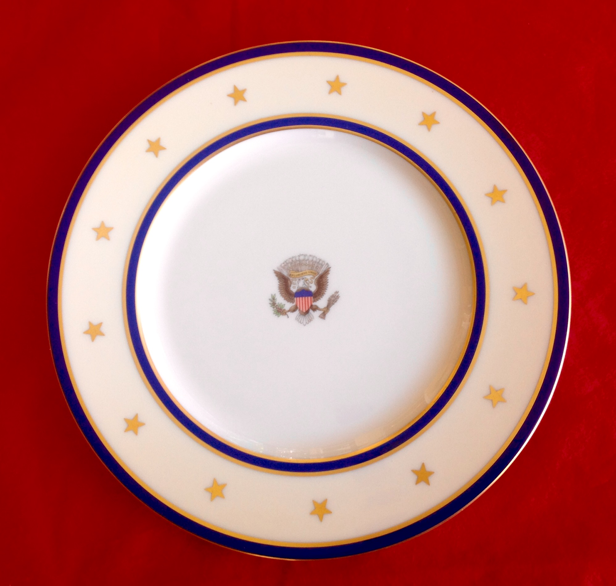 USS Williamsburg plate