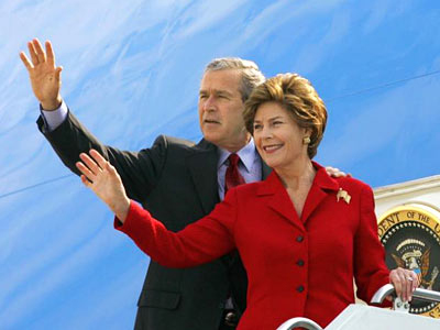 president george w. bush adn first lady laura bush,raleigh degeer amyx