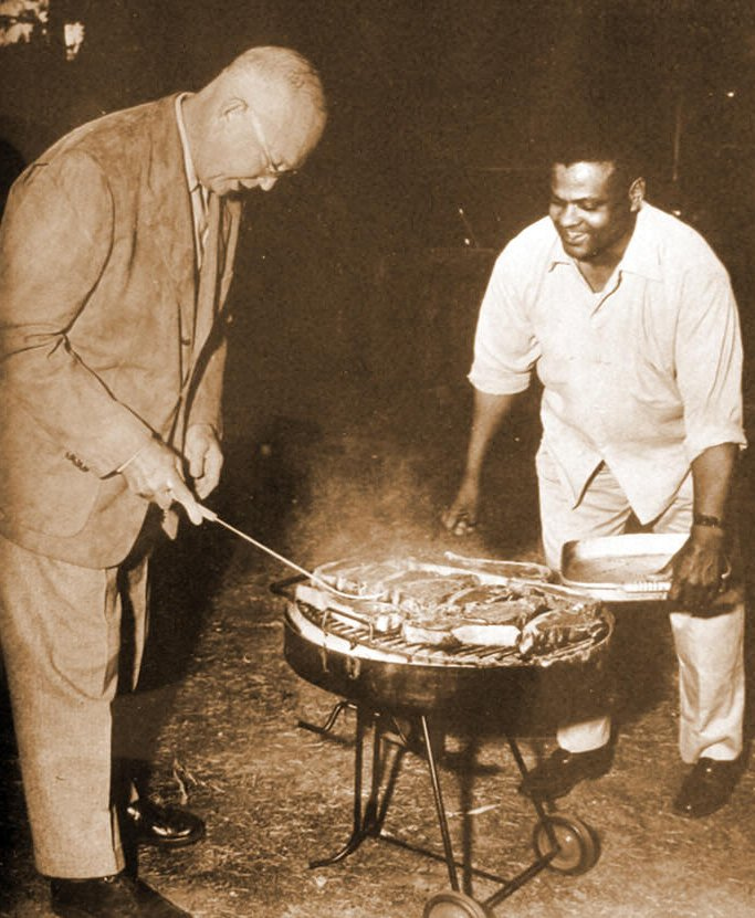 IKE GRILLS STEAK|IKE AND MOANEY|EISENHOWER AND MOANEY|THE AMERICAN HERITAGE COLLECTION|THE RALEIGH DEGEER AMYX COLLECTION|