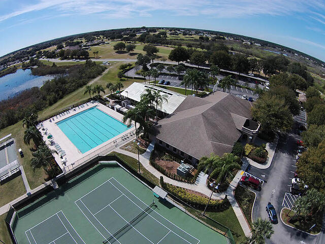 The best 55 plus communities places to retire in central for Best places to retire in florida