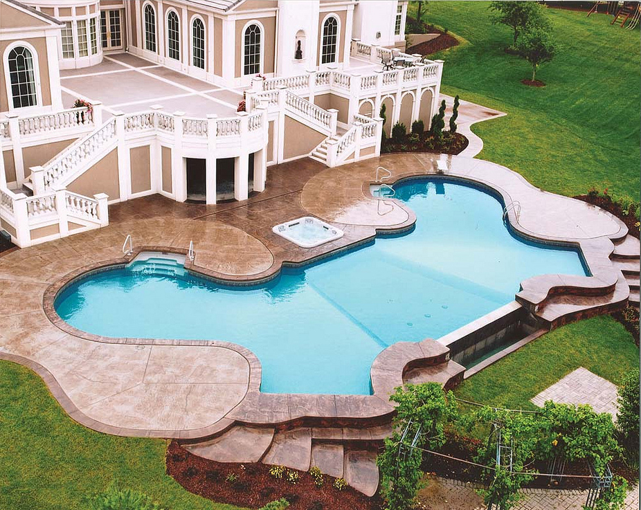 Installing A Fiberglass Pool Luxury In The Comfort Of Your Home