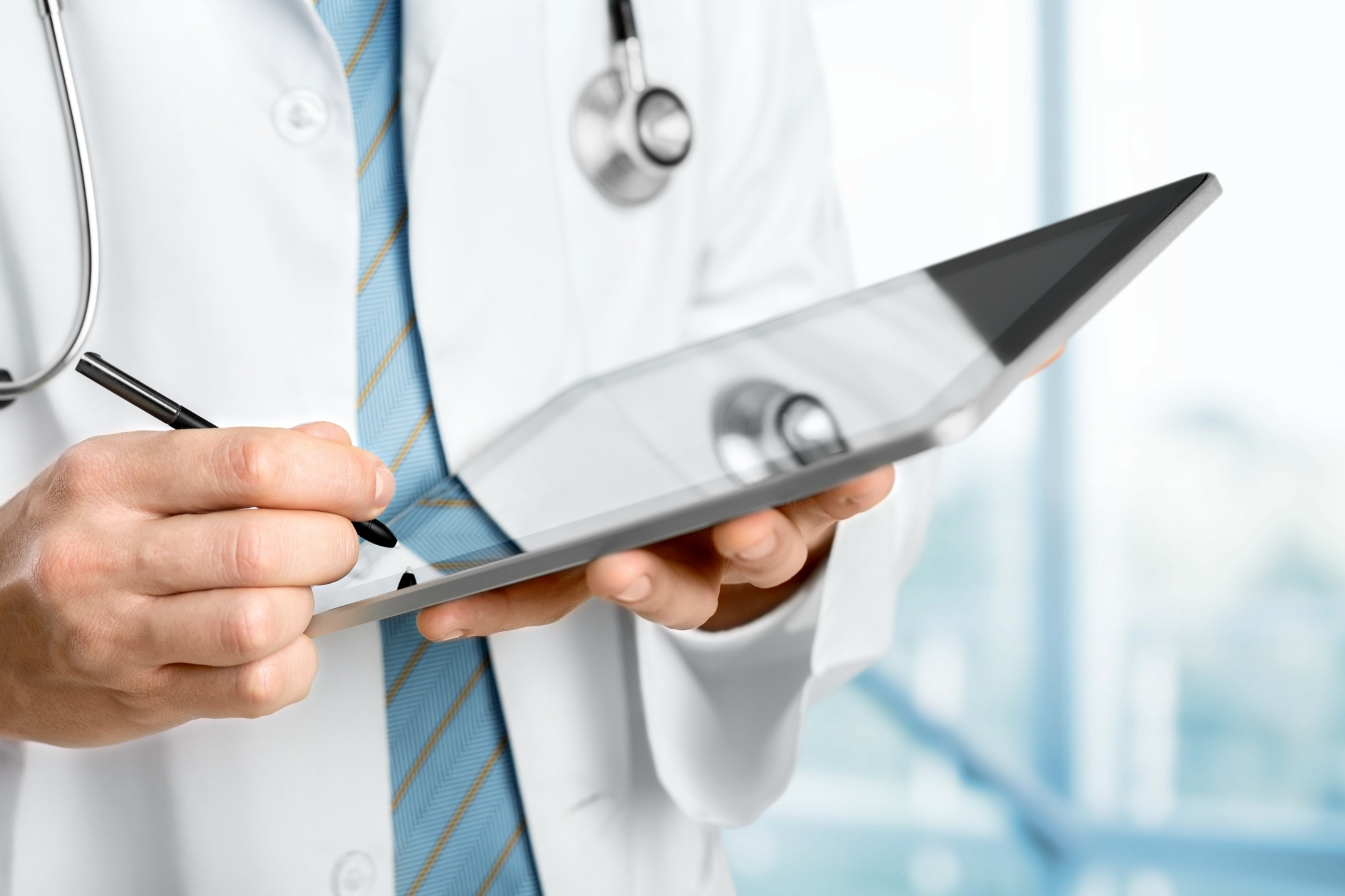 Healthcare_iPad_Stylus-788811-edited.jpg