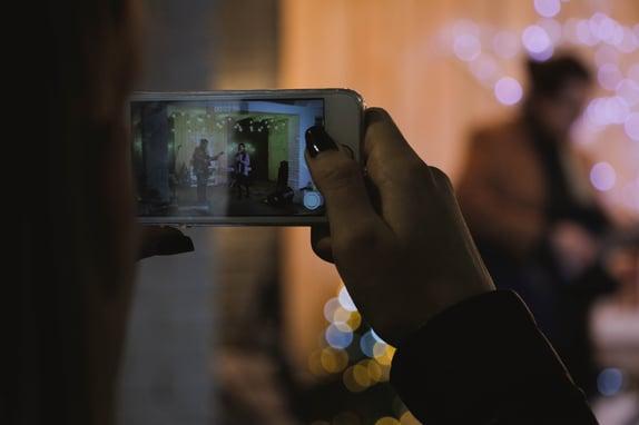 blur-electronics-filming-281451