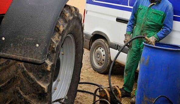 Quels sont les inconvénients du lestage à l'eau des pneus de tracteur