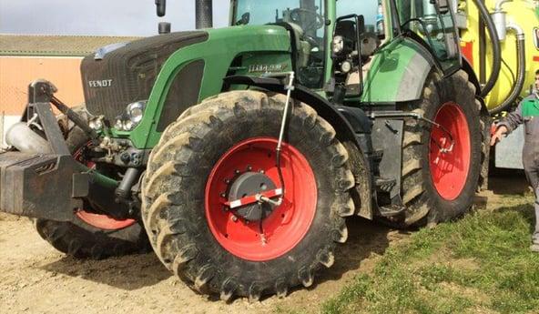 Comment avoir mes pneus agricoles toujours à la bonne pression?