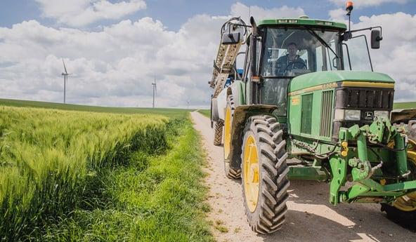 retournement du tracteur: causes et conséquences