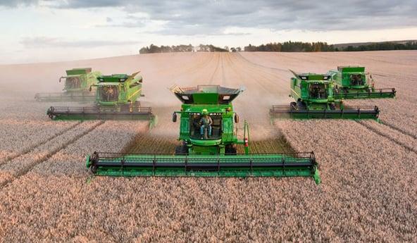 pneu-agricole-recolte-moissonneuse.jpg