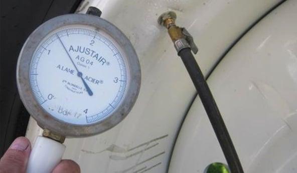 reglage-de-la-pression-pneu-agricole
