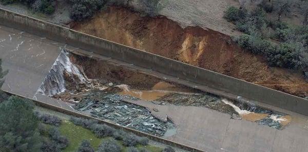Oroville-Dam-spillway-damage