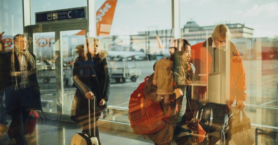airplane-airport-passengers-34631 (1)