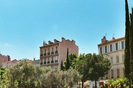 75. 5 bonnes raisons de devenir proprietaire à Marseille-640x480
