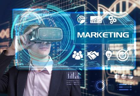 Virtual Reality- Marketing.jpg