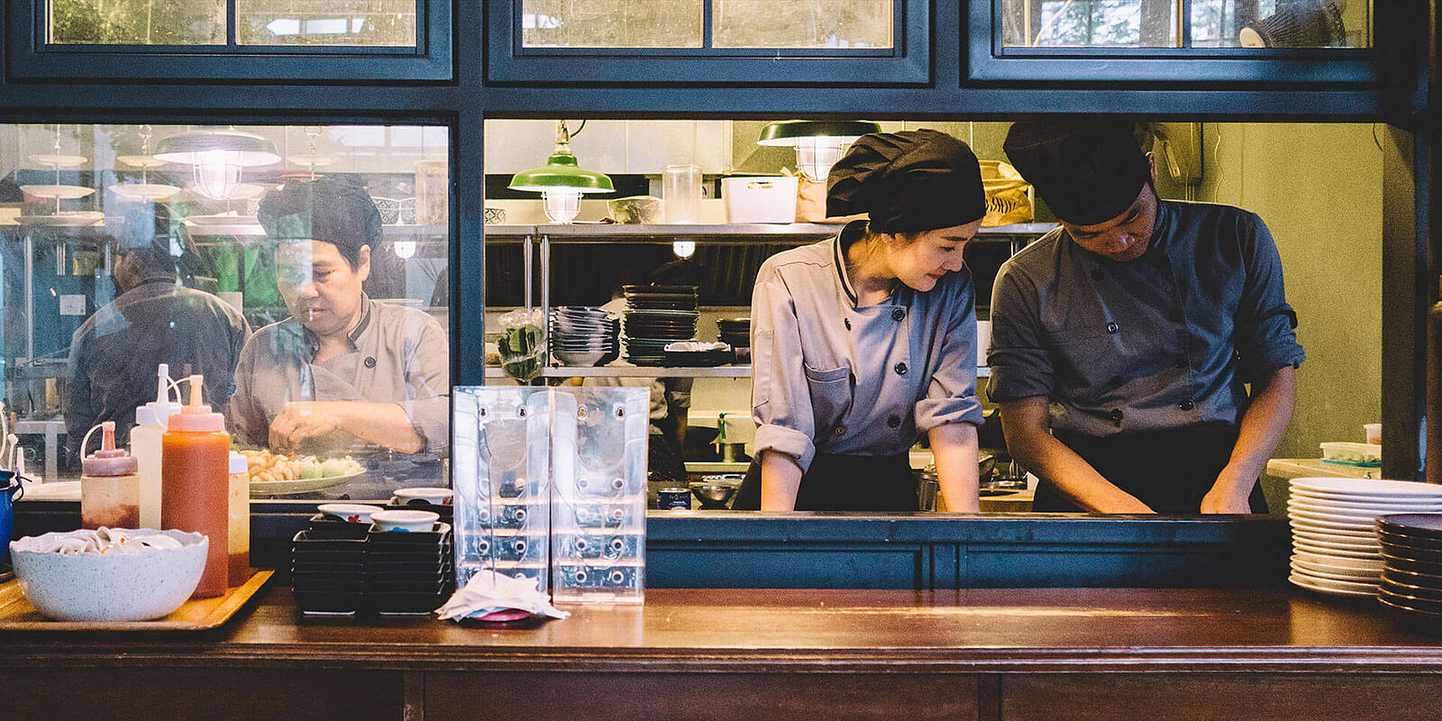 Keep your restaurant staff happy and motivated with these 5 tips