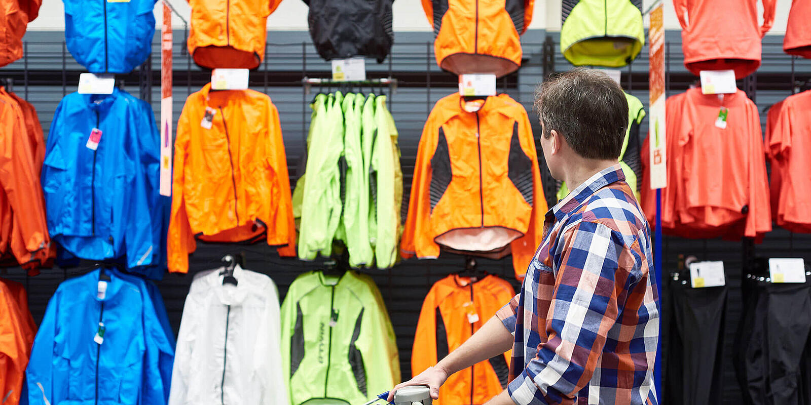 Why you need mobile Point of Sale in your sports and outdoors store