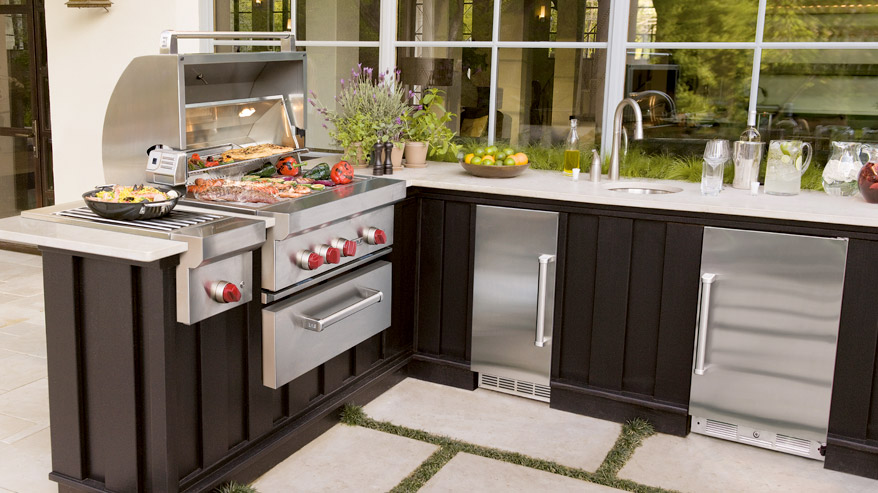 Everything that you can put in an indoor kitchen is available for outdoors as well! Keep the beer and sodas cold, the food hot and clean up easy.