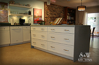 Carrol Modern Kitchen