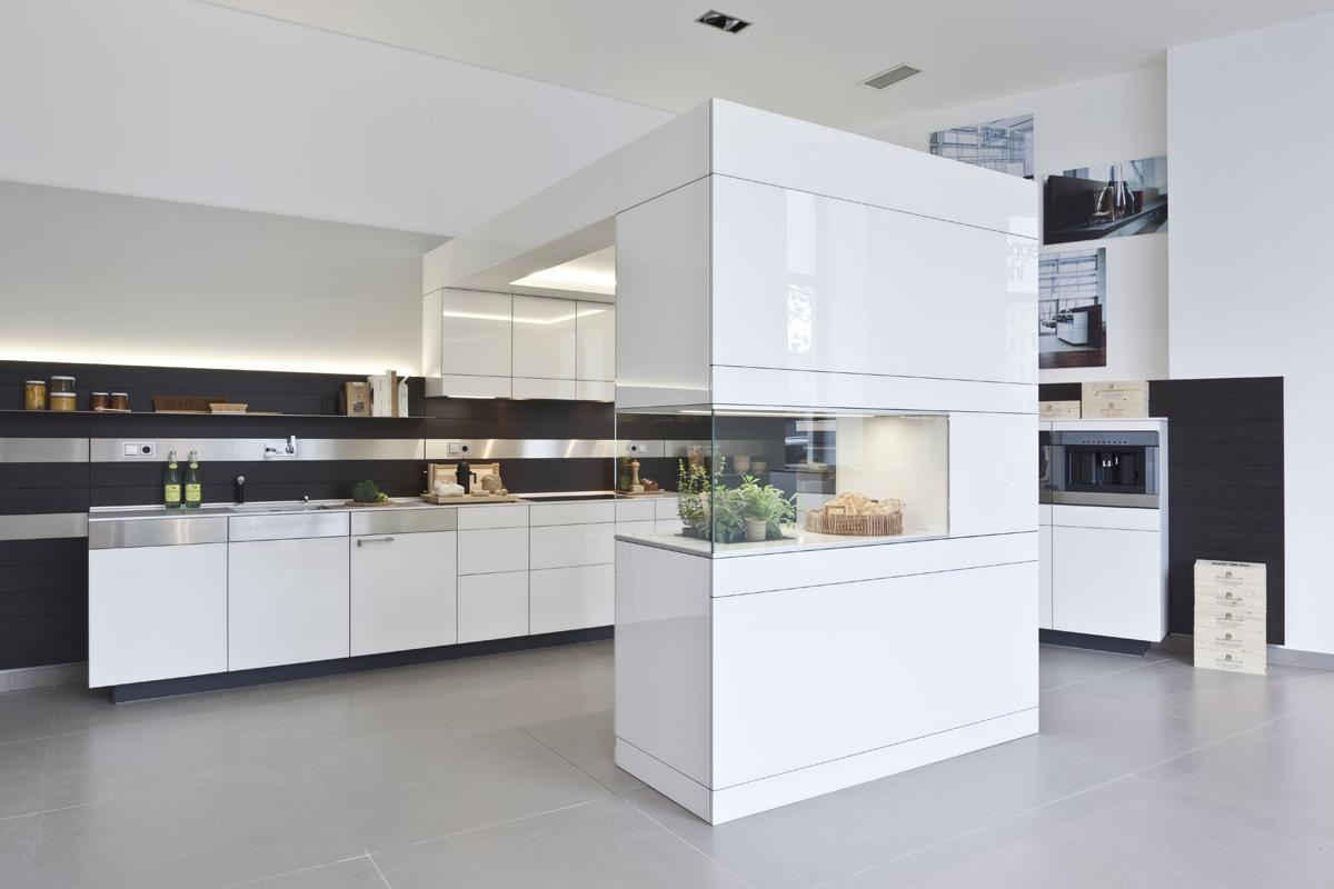 poggenpohl poggenpohl toupeenseen. Black Bedroom Furniture Sets. Home Design Ideas