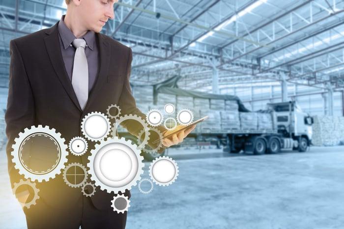 magazzini-automatici-verticali-logistica-automatizzata-e1488557248541