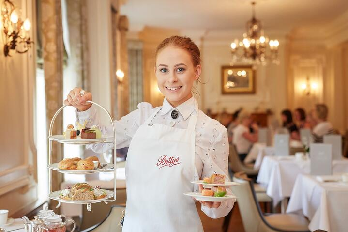 Best Hospitality Jobs for Performers