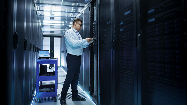 IT Hosting Challenges to Consider When Upgrading to Cloud