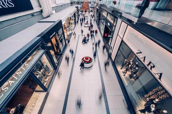 6 tech-driven ways your brick-and-mortar can conquer Black Friday and beyond